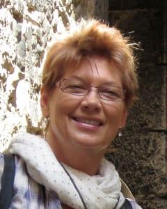 Julie Gilbert Pollard Headshot